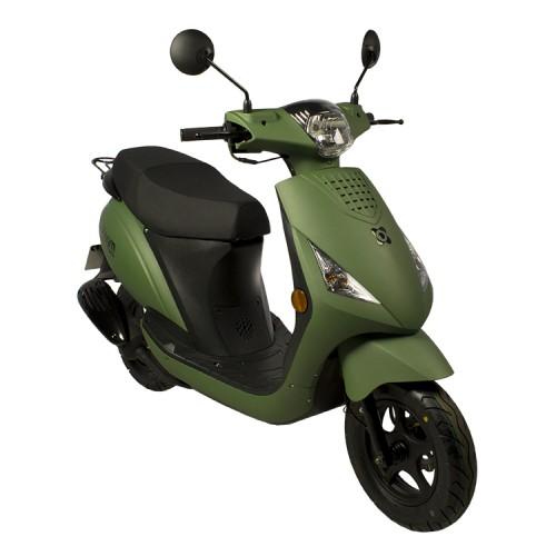 Welp AGM SP 50 piaggio zip look a like scooter windscherm snor brom QX-68
