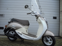 Sym Mio Snorscooter 2016