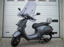 Vespa Sprint Sport Special Black Full Option